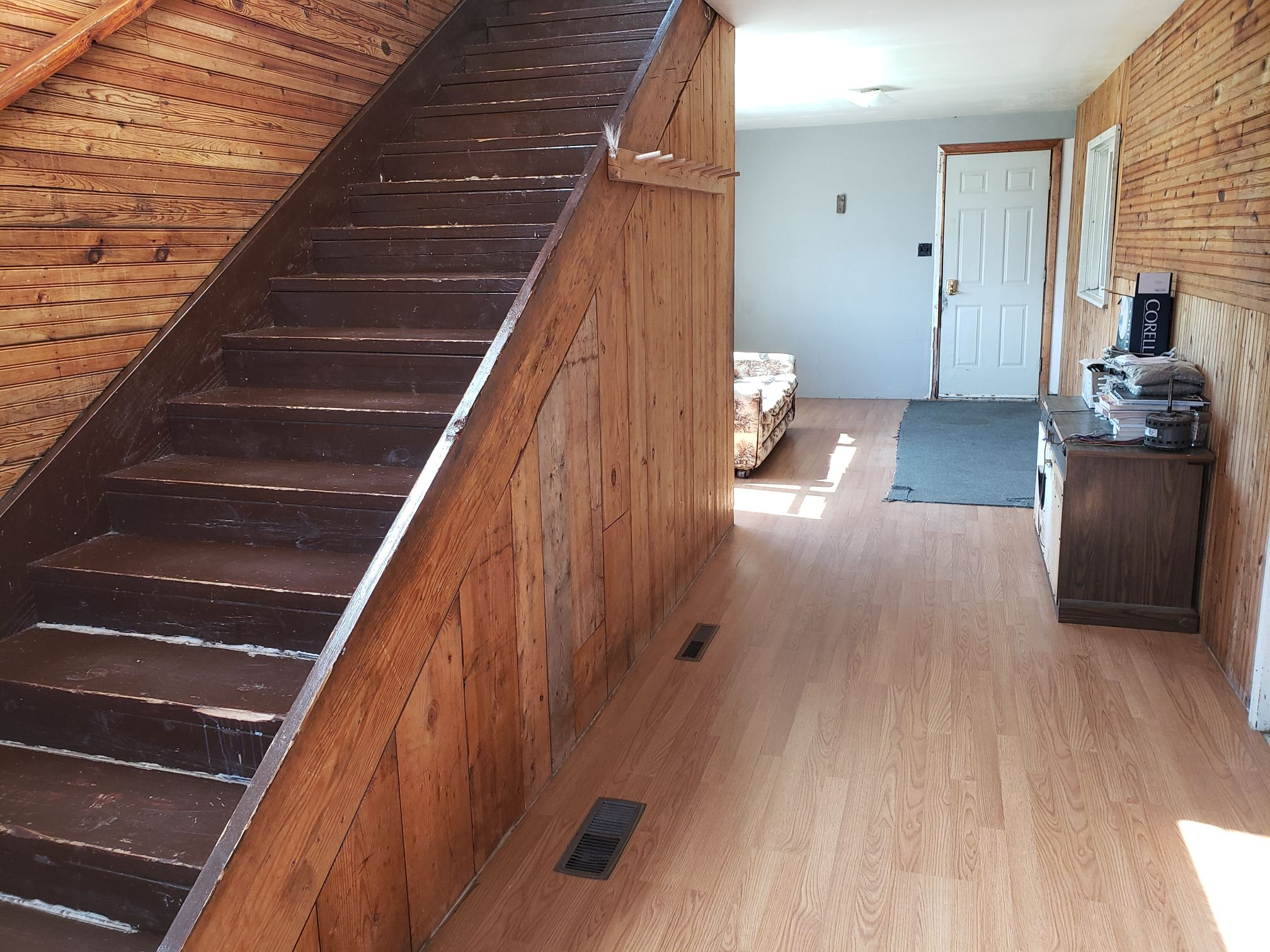 Timberwolf-Hallway-Trappers Point Camp-Sturgeon Lake-Savant Lake-Ontario