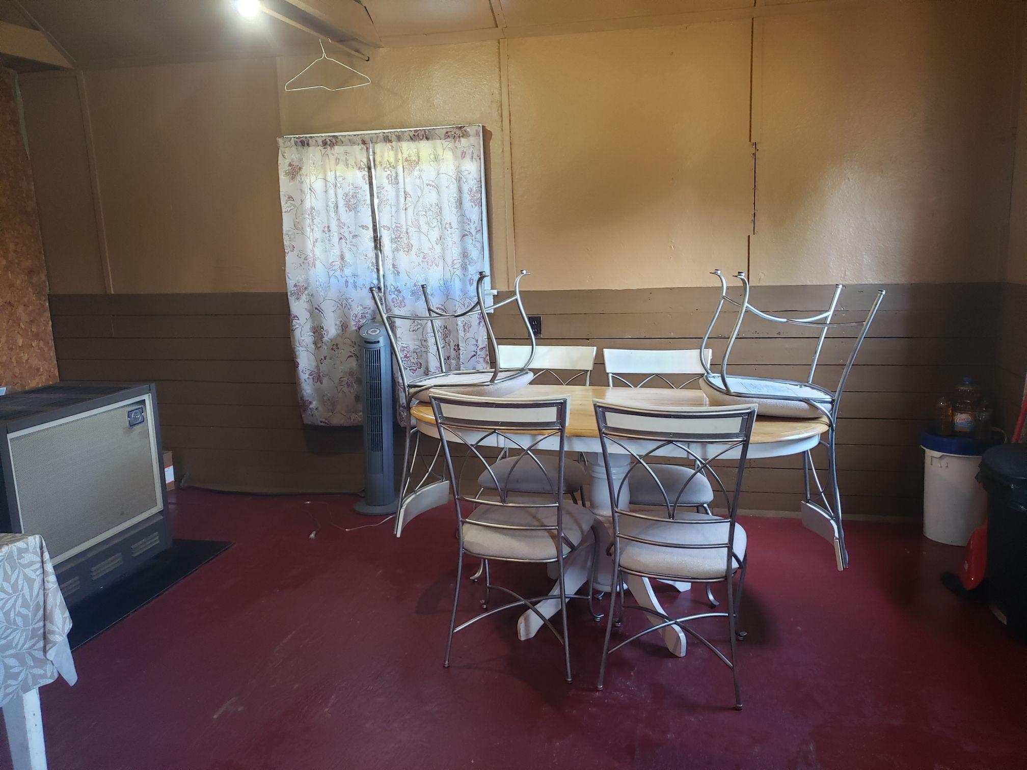 Bobcat-Diningroom2-Trappers Point Camp-Sturgeon Lake-Savant Lake-Ontario