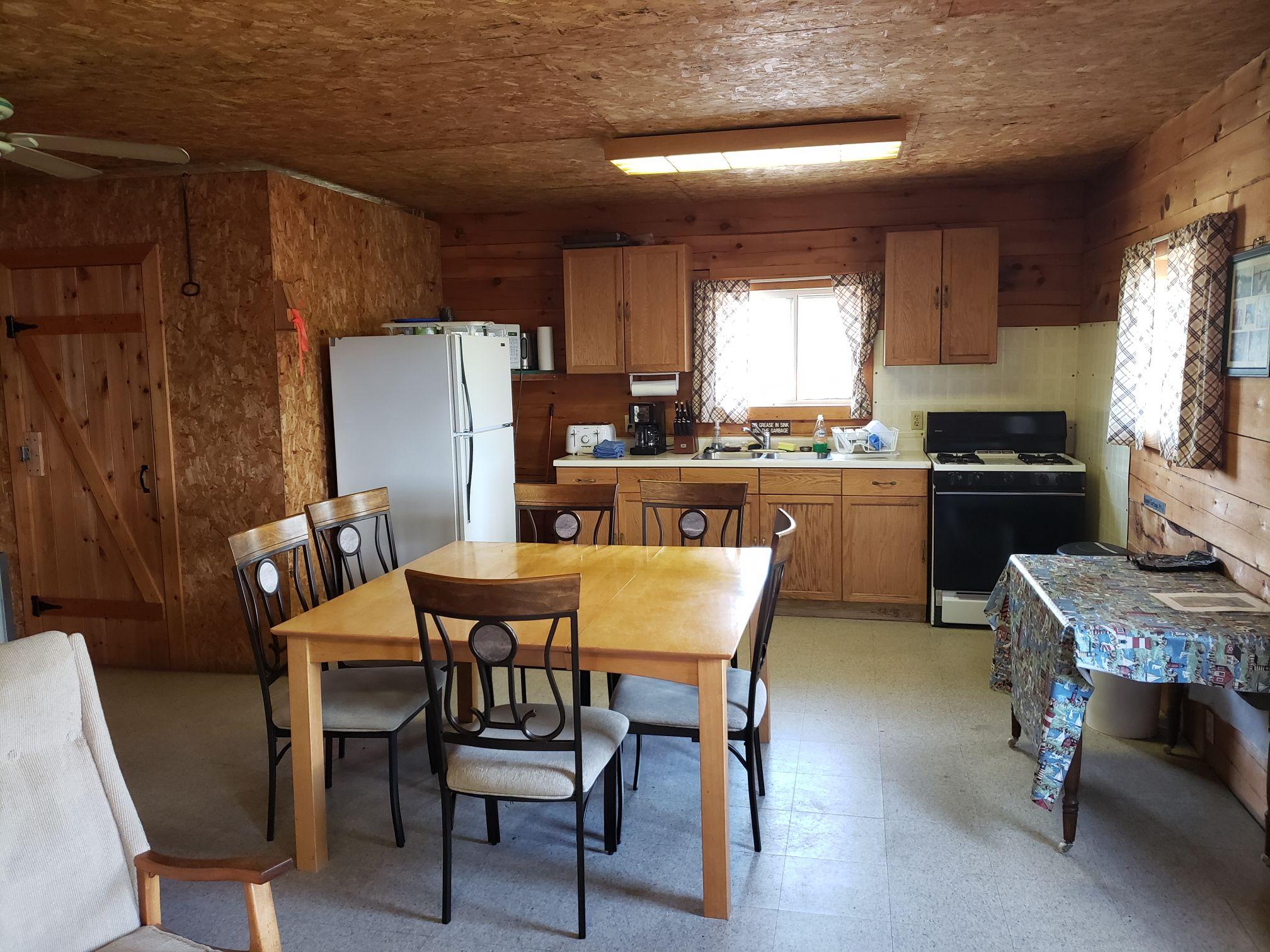 Lynx Cabin-Kitchen-Trappers Point Cabin-Sturgeon Lake-Savant Lake-Ontario